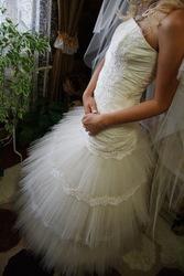 Продам очень красивое,  оригинальное свадебное платье